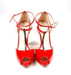 Zapato rojo tacón rayo fosco 40€
