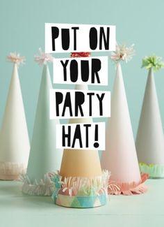 Put on your party hat! #Hallmark #HallmarkNL #Wenskaart #VersvandePers
