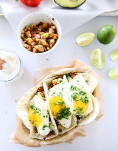 chorizo and fried egg breakfast tacos I howsweeteats.com