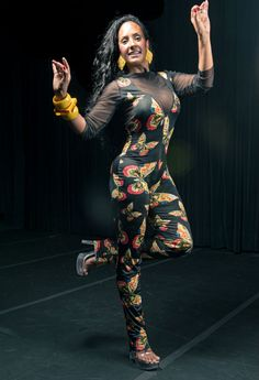 O Itaú Cultural abre alas para o Carnaval 2013 e realiza, de 1 a 3 de fevereiro, oficinas de dança, tendo como guia o tamborim e o samba da dançarina Nani Moreira. A entrada é Catraca Livre.