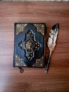 Leather Books, Leather Notebook, Leather Journal, Free Notebook, Notebook Case, Quill And Ink, Grimoire Book, His Dark Materials, Book Crafts