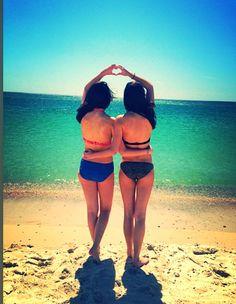Best friend beach picture