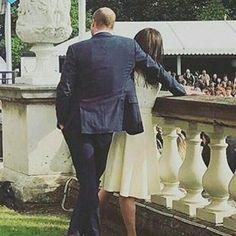 "949 Likes, 9 Comments - Kate Middleton (@catherine_mountbatten_windsor) on Instagram: ""Aww look at these two #weadmirekatemiddleton #weadmireprincewilliam #lifeofaduchess…"""