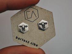 Srebrne, grawerowane kolczyki w krowy od EA Minimalist jewelery #earrings #cow #cows #erhicalfashion Enamel, Jewellery, Earrings, Accessories, Ear Rings, Vitreous Enamel, Jewels, Stud Earrings, Schmuck