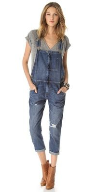 why does this look cute? i HATE overalls! Current/Elliott The Ranch Hand Overalls Cute Overalls, Denim Overalls, Overalls Outfit, Vogue, The Ranch, Ethical Fashion, Swagg, Denim Fashion, Daily Fashion