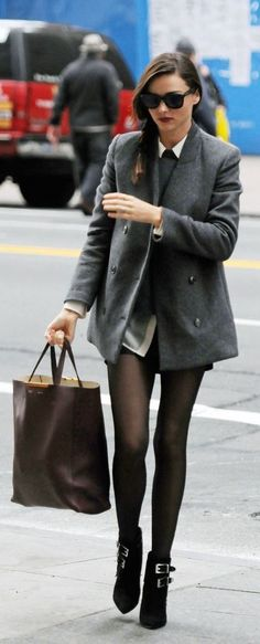 #street #fashion ready to work Miranda Kerr @wachabuy