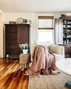 Home Interior Decoration .Home Interior Decoration Cozy Living Rooms, Home Living Room, Apartment Living, Living Room Decor, Bedroom Decor, Cozy Apartment, Bedroom Ideas, Bedroom Furniture, Apartment Ideas