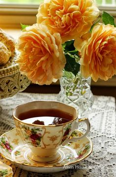 I think I'll have a cuppa' and enjoy my tea and the scent of my beautiful apricot roses. I think I'll have a cuppa' and enjoy my tea and the scent of my beautiful apricot roses. Coffee Time, Tea Time, Autumn Tea, Autumn Rose, Cuppa Tea, My Cup Of Tea, Mini Desserts, Vintage Tea, High Tea