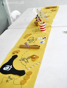 Lique's Antics: A Pirate Themed Birthday Party (Jake and the Neverland Pirat. Lique's Antics: A Pirate Themed Birthday Party (Jake and the Neverland Pirates) + FREE Printa Spongebob Birthday Party, Pirate Birthday, 4th Birthday Parties, 3rd Birthday, Themed Parties, Mouse Parties, Happy Birthday, Deco Pirate, Pirate Theme