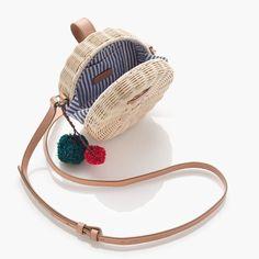 Circle straw crossbody bag