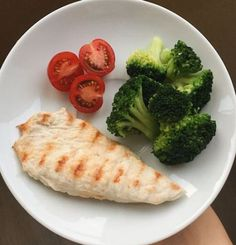 Fitness Food Recipes Breakfast Mornings 60 New Ideas - Healthy Eating İdeas For Exercise Healthy Meal Prep, Healthy Snacks, Healthy Eating, Vegetarian Meal, Healthy Dishes, Clean Recipes, Diet Recipes, Healthy Recipes, Comidas Light