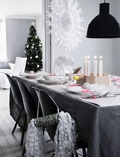christmas table - interior - diningroom - kerstsfeer - interieur - kerstversiering - tafeldecoratie - kerstdiner - eetkamer