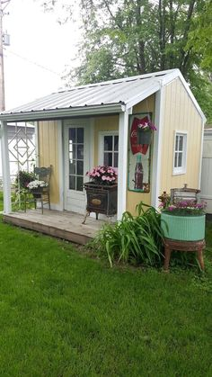 garden shed interior storage ideas decorating cool interiors gerden organization plans what to put around bottom of ideas061 kindesign simply amazing landscaping photos she interesting