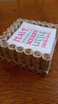 Cork napkin holder- do for coasters instead Wine Craft, Wine Cork Crafts, Wine Bottle Crafts, Champagne Cork Crafts, Crafts With Corks, Champagne Corks, Crafts To Make, Diy Crafts, Wine Cork Art