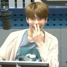 Ideas Memes Kpop Sem Legenda Red Velvet For 2019 K Meme, Funny Kpop Memes, Jaehyun Nct, Meme Faces, Funny Faces, Nct 127, Jung Jaehyun, New Memes, Relationship Memes