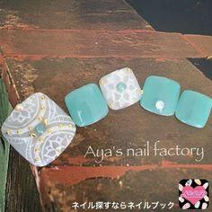 ネイル 画像 Aya's nail factory 高槻 1523515 白 緑 青 アンティーク エスニック オールシーズン 夏 春 リゾート ソフトジェル フット
