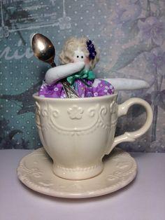 Куколка в стиле Тильда мисс Преппорт ! Милая малышка живёт в чайной чашке. Любит шоколадные конфеты. Doll Hand made Style Tilda