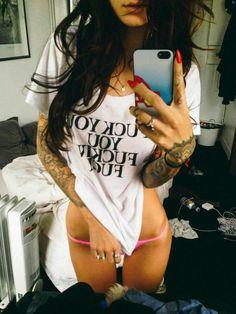 Sexy-gilr-tattoo
