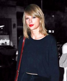 Here's How Taylor Swift Dresses For A Girls' Night Out
