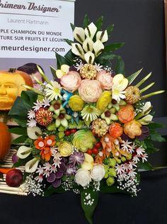mur fruits et légumes sculptés