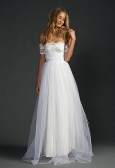 European Station New 2016 Bride Wedding White Lace Flower Gauze Sexy Dresses Vestidos De Renda Online Shop Clothing SN00443