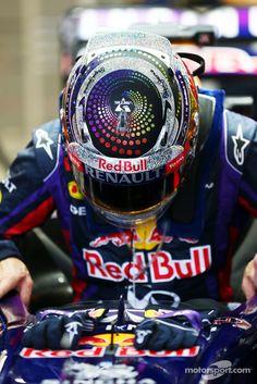 Sebastian Vettel, Red Bull Racing RB9   Main gallery   Photos   Motorsport.com