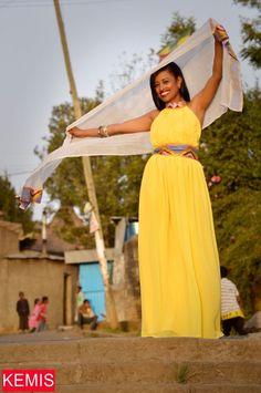 Ethiopian habesha wedding dresses traditional modern clothing s habesha Kemisd Serena Williams, Ethiopian Traditional Dress, Traditional Dresses, African Wear, African Fashion, The Dress, Dress Skirt, Ethiopian People, Amanda