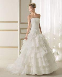 Luna Novias Bridal Gown Style - 139 EneroBG