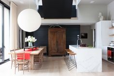 House tour: one couple's lakeside weekend retreat - Vogue Living