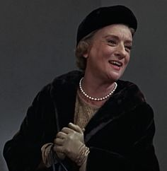 """Mildred Natwick, a terrific """"character actress."""" I've never seen her in a role that I haven't loved, and that hasn't been completely hilarious, quirky, and fantastically played! Hooray For Hollywood, Old Hollywood, Classic Hollywood, Old Movies, Great Movies, Estelle Parsons, Katherine Ross, Barefoot In The Park, The Quiet Man"""