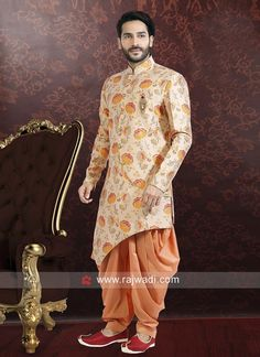 Attractive Cream color Indo western is made from Brocade Silk fabric and is beautifully complete with a touch of Fancy Buttons work that will give you charm look. Sherwani For Men Wedding, Wedding Dresses Men Indian, Wedding Dress Men, Men Wedding Fashion, Wedding Attire, Mens Indian Wear, Mens Ethnic Wear, Indian Groom Wear, Mens Fashion App