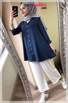 New Hijab Fashion for Muslim Woman's Modern Hijab Fashion, Street Hijab Fashion, Hijab Fashion Inspiration, Muslim Fashion, Mode Inspiration, Modest Fashion, Fashion Trends, Casual Hijab Outfit, Hijab Chic
