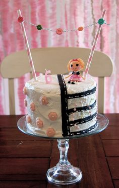 lalaloopsy cake - Such a great party idea!  My girls would fight over who got this theme - would possibly have to do 2!