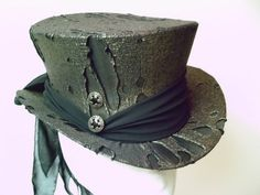 Top Hat Gold Black Spectacularly Gothic and Steampunk $135