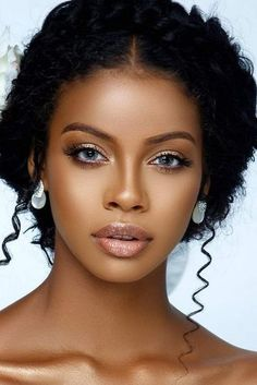 Black Bride Makeup Ideas ★ See more: https://www.weddingforward.com/black-bride-makeup-ideas Wedding Makeup, Bride Makeup, Bridal Makeup Tips, Makeup Techniques, Cleansing Mask, Black Bride, Long Box Braids, Makeup Essentials, Acne Face Mask