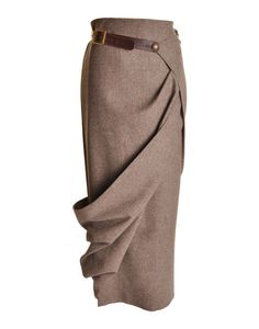 A twist to the classic tweed skirt