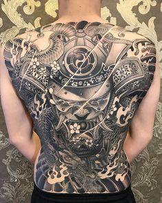 Phạm Trần Kế Hoà @hoarasta Instagram Câu chuyện cuối cùng cũng đến hồi kết . Mời các bạn xem tập cuối cùng trong vài ngày tới Design & ... #yooying Japanese Back Tattoo, Japanese Dragon Tattoos, Japanese Tattoo Designs, Tattoo Designs Men, Torso Tattoos, Body Art Tattoos, Sleeve Tattoos, Backpiece Tattoo, Mask Tattoo