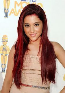 I love Ariana grande's hair color seriously so much. Not sure if I could pull it off though