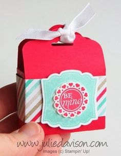 Julie Estampado Punto - Stampin 'Up! Ideas de proyectos Posted diaria: VIDEO: Etiqueta Topper Ponche Caja Tutorial