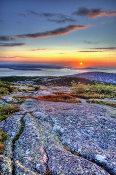 Sunrise at Cadillac Mountain ~ Acadia National Park, Maine....so beautiful.. a bucket list check off!  A must for anyone visiting near Acadia..