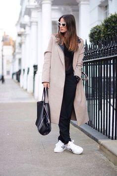/ Adidas Mode, Celine Bag, Adidas Fashion, Zara Tops, Adidas Superstar, Black Sweaters, Jeans, Normcore, London