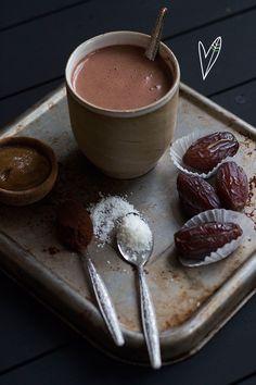 Zei iemand caramel swirl? Je leest het goed! We hebben deze heerlijke kokos-chocolademelk nóg beter gemaakt met zo'n heerlijke swirl.