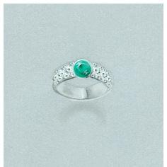 Designentwurf für einen mit Pavé Diamanten besetzten Smaragdring, aus der RenéSim Emeralds Kollektion