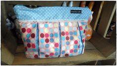 x & dots blue & lilac Retro, Bunt, Lilac, Diaper Bag, Dots, Vintage, Fashion, Stitches, Moda