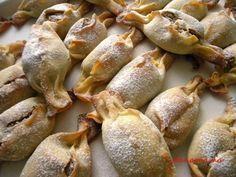 Pachetele cu nuci – Prăjiturici şi alte dulciuri. Cooking Recipes, Healthy Recipes, Vegetable Recipes, Food To Make, Bakery, Stuffed Mushrooms, Dessert Recipes, Food And Drink, Sweets