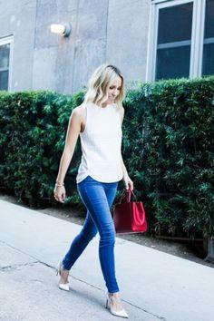 Whisper blog: Jeans e branco, bolsa vermelha