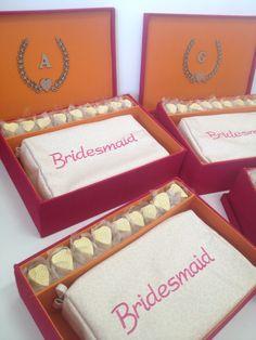 #Madrinhas #presentes #necessaries #montagem #mesadedoces #bride #festa #casamentos #vestidodenoiva #wedding #bridetobe #casar #inspiracoes #lembrancinhas #favors #weddingfavors #weddinginspiration #wedding #ido #yesido #casarnapraia #bodas #noivas