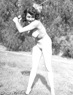 nude golfing