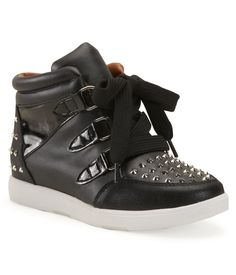 Report Footwear Cassidy Stud Sneaker at Aéropostale... i wanna buy these for next year