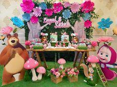De Party Designs 's Birthday / Masha and The Bear - Masha and The Bear at Catch My Party 2nd Birthday Party Themes, Birthday Party Decorations, Masha Et Mishka, Krishna Birthday, Marsha And The Bear, Birthday Girl Pictures, Bear Party, Bear Birthday, Party Ideas